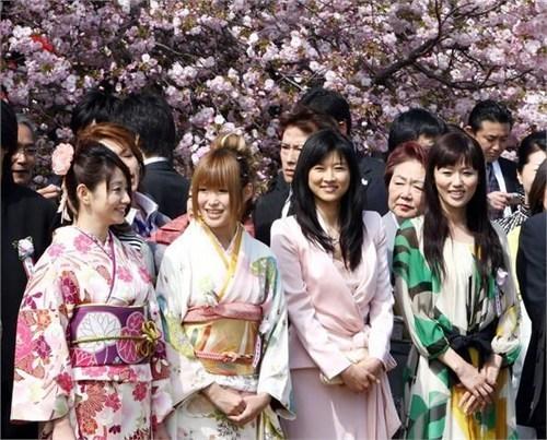 Những mẫu tranh được người Nhật Bản thích nhất?