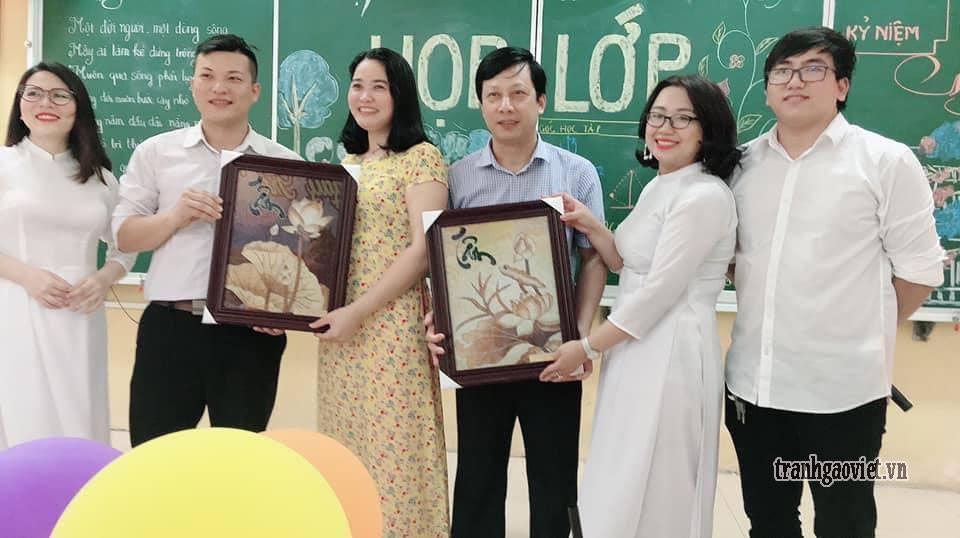 Chọn quà gì tặng thầy cô nhân ngày họp lớp , ngày nhà giáo Việt Nam, quà tặng chia tay thầy cô?